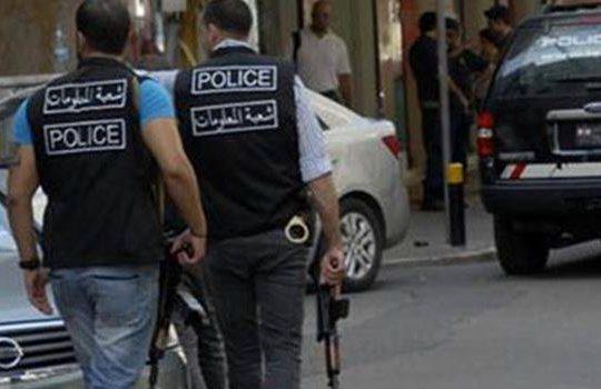 فرع المعلومات داهم وصادر اسلحة بمخيم للنازحين في بشمزين الكورة