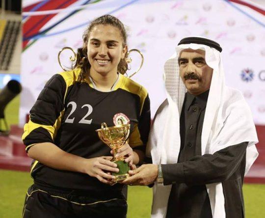 فوز ناديا نصر، تلميذة مدرسة البلمند الفرع الانكليزي، بلقب افضل لاعبة في بطولة العرب لكرة القدم