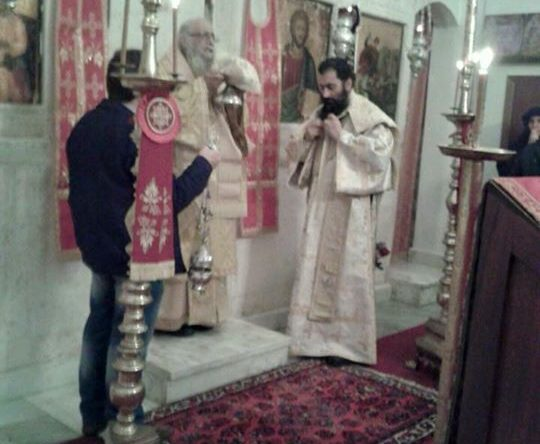 خدمة السحر وقداس الهي في دير القديس جاورجيوس الكفر أميون