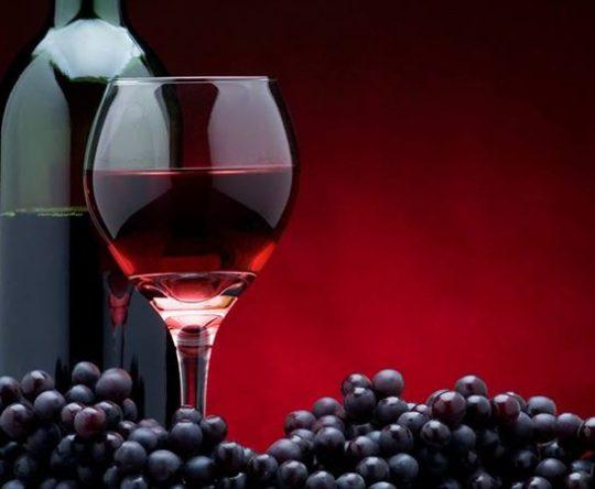 أنفه تصنع النبيذ.. منذ العصر الصليبي