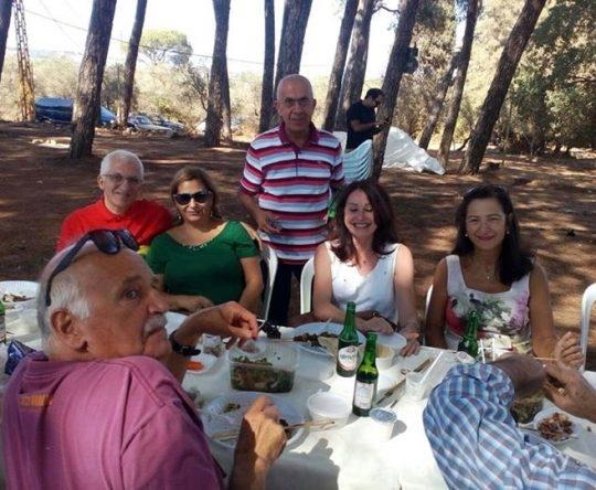 المزيد من الصور من حفل غداء نهاية الصيف لأبناء بلدة بشمزين في صنوبر البلدة