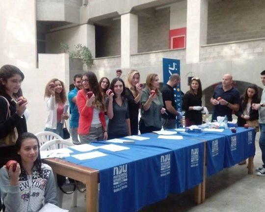 حملة توعية عن امراض الكوليسترول والتريغليسريد في جامعة سيدة اللويزة برسا الكورة