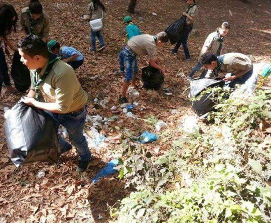 الكورة كفتون –  كشافة البيئة أطلقت حملة نظافة على ضفاف نهر الجوز