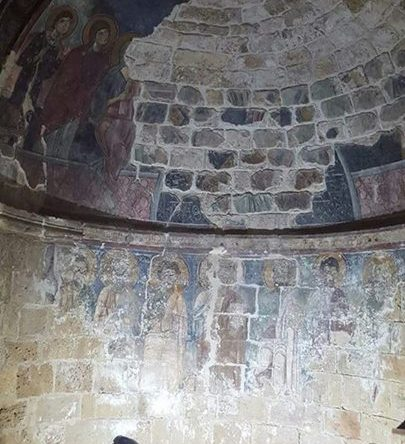 ترميم كنيسة مار فوقا أميون بهمة الاب الياس نصار بتمويل من الحكومة البولندية وتنفيذها